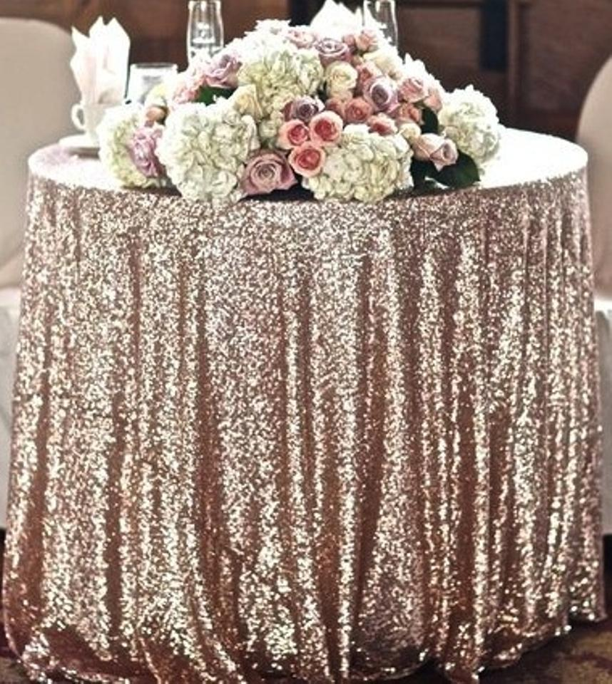 Champagne Sequin Table Cloth Sparkly Cake Table Tradesy Weddings