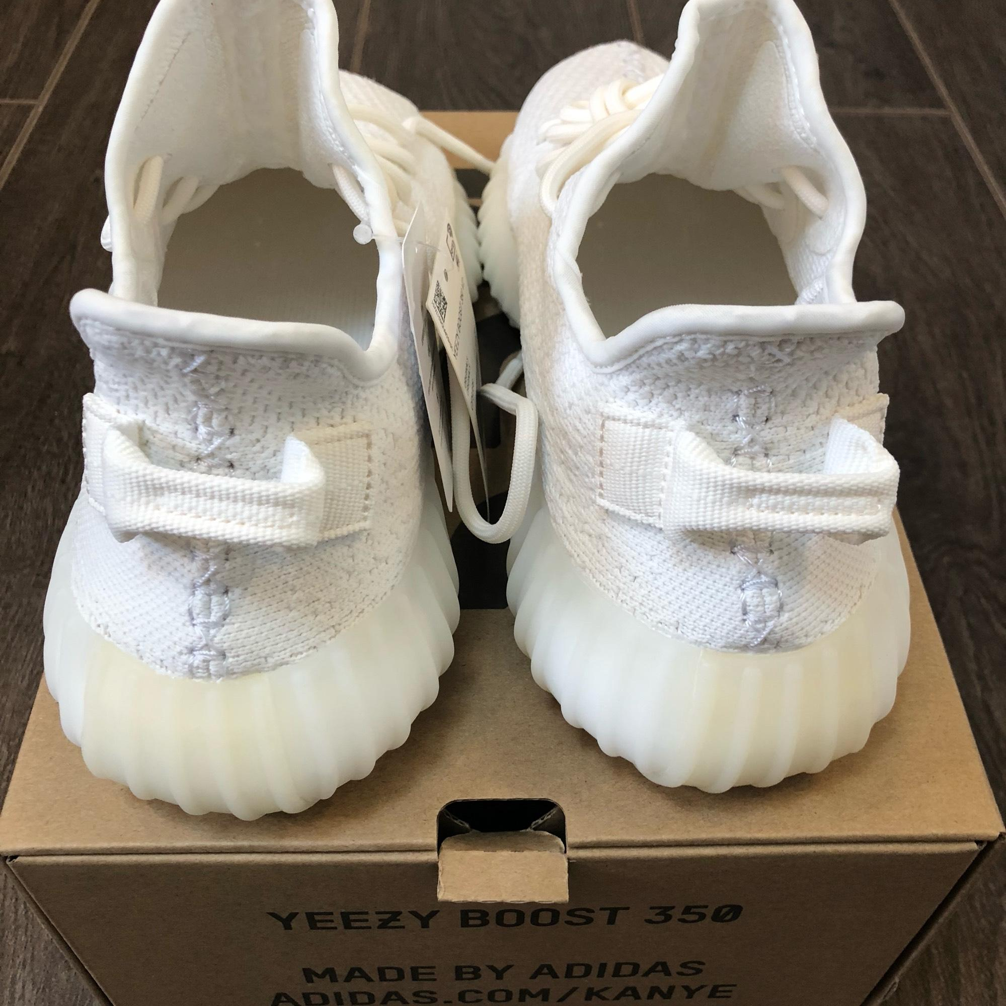 90ec76d77 ... adidas X Yeezy White Boost 350 V2 Color Color Color Triple Sneakers  Size US 7.5 Regular ...