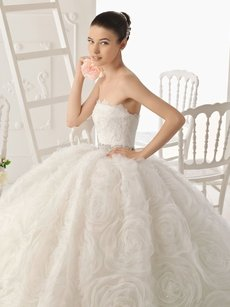 Aire Barcelona Polis Wedding Dress