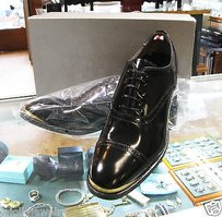 Alexander Mcqueen Men Brass Black Oxfords Dress