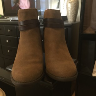 American Eagle Outfitters Sand drown Boots