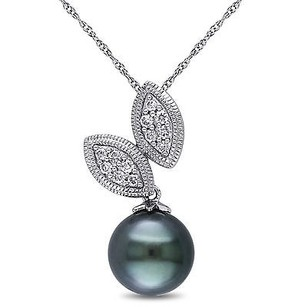 Amour 10k White Gold 9-10 Mm Tahitian Pearl 16 Ct Tw Diamond Pendant Necklace 17