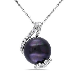 Amour 10k White Gold Black Freshwater Pearl Diamond Pendant Necklace 12-12.5 Mm 17