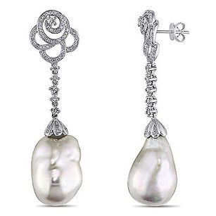 Amour 14k Gold Cultured Freshwater Pearl And 1 Ct Tdw Diamond Earrings G-h Si1-si2