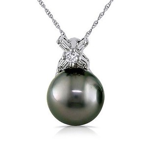 Amour 14k White Gold Tahitian Pearl 18 Ct Tdw Diamond Pendant Necklace 9-9.5 Mm 17