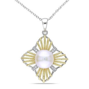 Amour 18k Goldplated Silver 10.5-11 Mm Freshwater Pearl And Cz Pendant Necklace 18