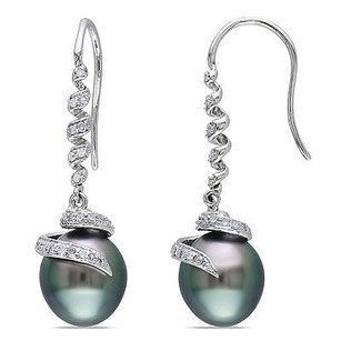 Amour Amour 14k White Gold Tahitian Pearl And 15 Ct Tdw Diamond Earrings G-h I1-i2
