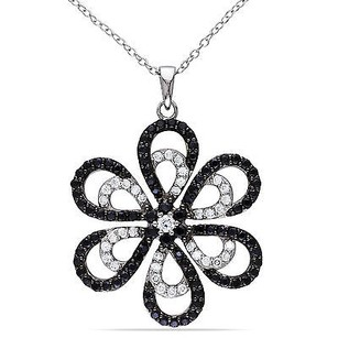 Amour Amour Sterling Silver Black And White Cubic Zirconia Flower Pendant Necklace 18