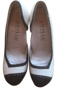 Anyi Lu Black & white Pumps