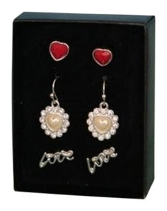 Avon NEW IN GIFT BOX HEART STYLE Lovely Sparkle 3 Pair Earring Set by Avon FREE SHIPPING