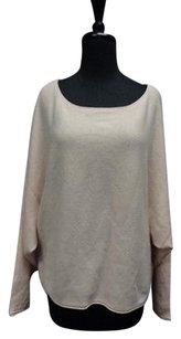 BCBGMAXAZRIA Long Sleeved Sweater