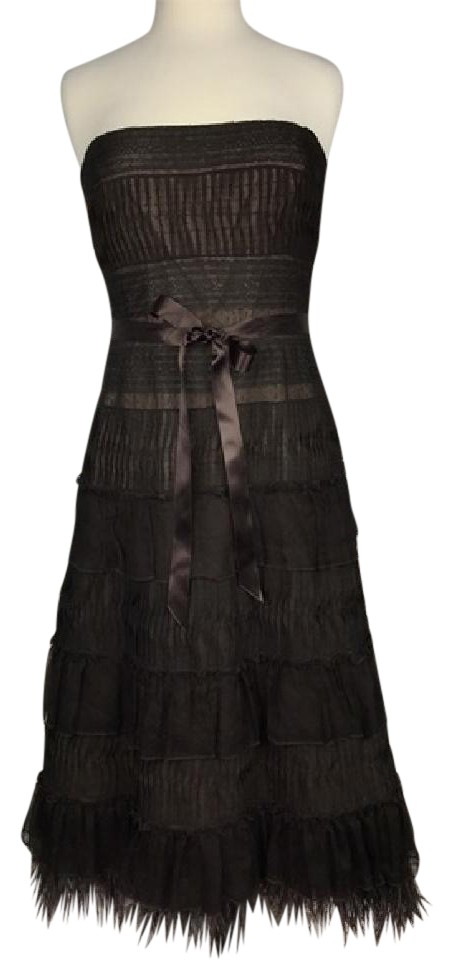 Brown lace dresses-medium size