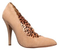 Betsey Johnson Beige Pumps