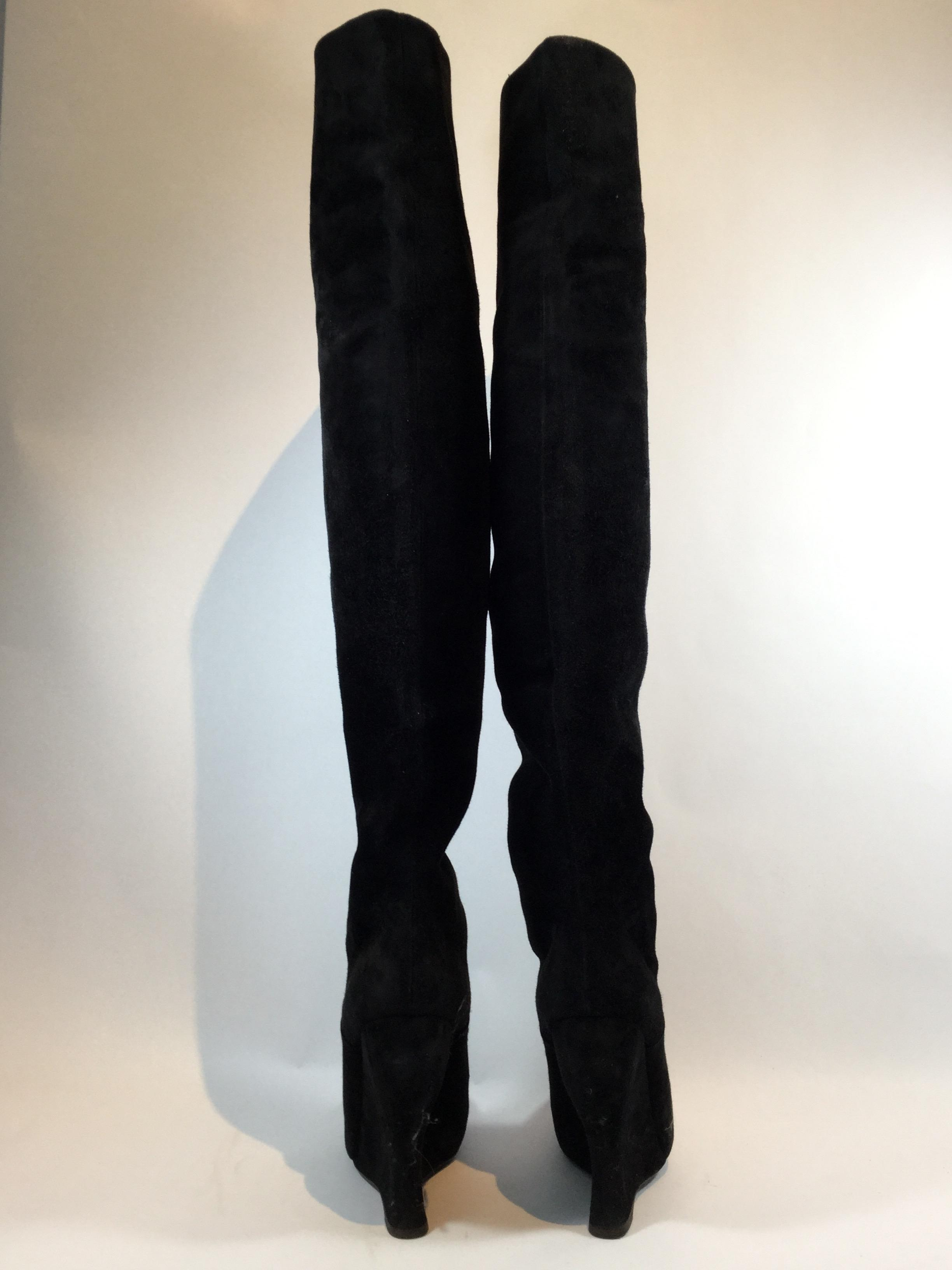 Bottega Veneta Suede Thigh High Black Boots on Sale, 71% Off ...