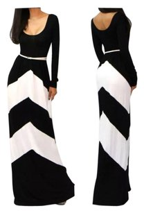 Black/White Maxi Dress by Boho Long V Neck Wrap
