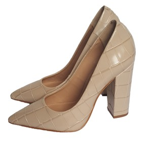 Brian Atwood Corocodile Pointy Toe Chunky Heels Leather Beige Pumps
