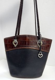 Brighton Pebbled Brown Shoulder Bag