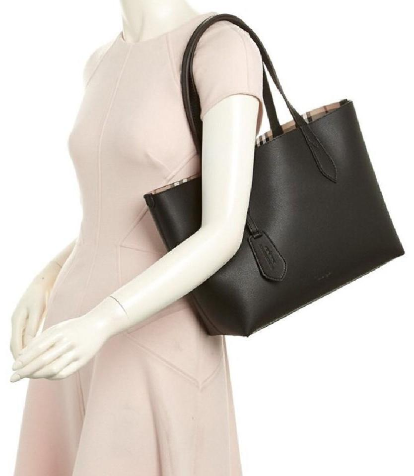check small. Burberry Tote In Black Check Small E