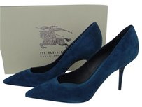 Burberry Suede Heels Watford Pointed Blue Pumps