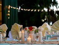 Burlap Table Runner X 10