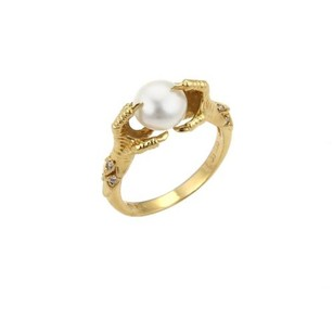 Carrera y Carrera Carrera Y Carrera Diamond Pearl 18k Yellow Gold Eagle Claw Ring -