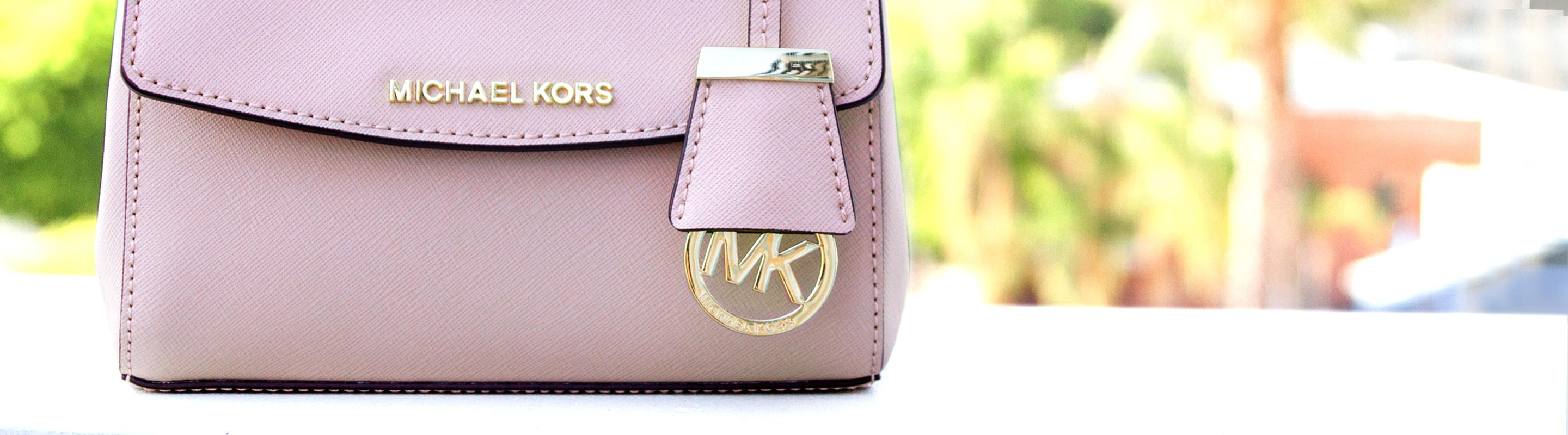 Michael Kors Bags on Sale - Up to 70% off at Tradesy