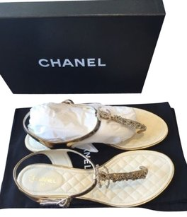 Chanel 15p Metallic Gold Chain Crystal Thong Flip Flop Silver Sandals