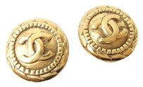 Chanel Auth CHANEL Vintage CC Logos Earrings Gold-Tone Clip-On 65-6 6