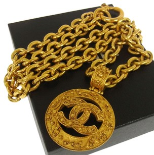 Chanel Authentic CHANEL Vintage CC Logos Medallion Gold Chain Necklace France A13478