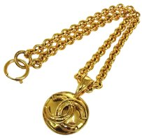 Chanel AUTHENTIC CHANEL VINTAGE CC LOGOS MEDALLION GOLD CHAIN PENDANT NECKLACE RK06981