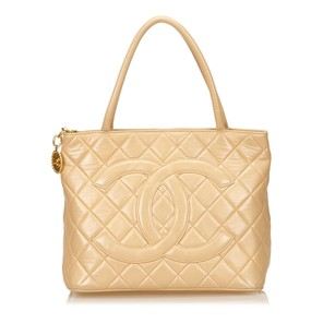 Chanel Beige Brown Lambskin Leather 6dchto005 Tote