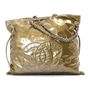 Chanel Black Camera Bubble Stitched Quilted Nylon Tote in gold