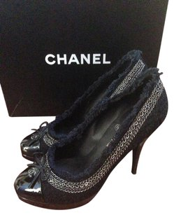 Chanel Black Patent Leather & Tweed Pumps