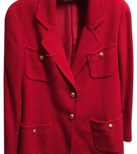 Chanel Boutique Boucle Wool Silk Logo Lining Logo Buttons Vintage RED Blazer