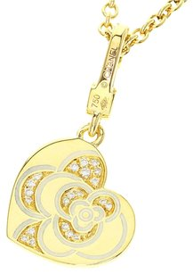 Chanel CHANEL 18K yellow gold Heart Necklace
