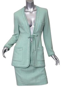 Chanel Chanel Boutique Green Wool Tweed Long-belted-jacketblazerskirt Suit Set Sm