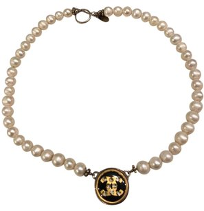 Chanel Chanel Val Colbert Pearl Choker Logo Womens Necklace