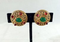 Chanel Chanel Vintage 1985 Gold Tone Gripoix Red Green Stone Round Clip On Earrings