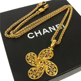 Chanel CHANEL VINTAGE CC LOGOS GOLD CHAIN PENDANT NECKLACE 95A FRANCE