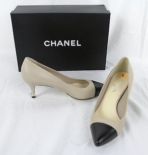 Chanel Lambskin Beige Pumps