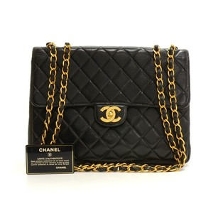 Chanel Jumbo 12: Quilted Leather 12
