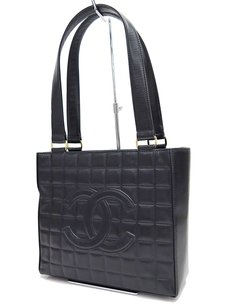 Chanel Leather 7313356 Shoulder Bag