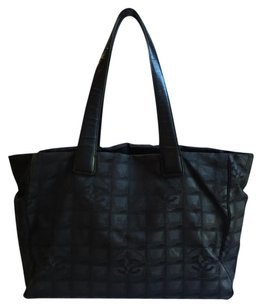 Chanel Line Tote in Black