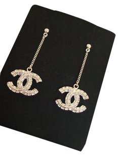 Chanel NEW IN BOX CHANEL 2015 SILVER CRYSTAL CC LOGO DANGLE EARRINGS CLASSIC