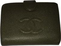 Chanel PHOTOGRAPH Chanel Caviar Green Wallet CCJY9