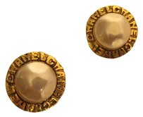 Chanel Vintage Authentic CHANEL Large Round Pearl Gold Clip On Earrings