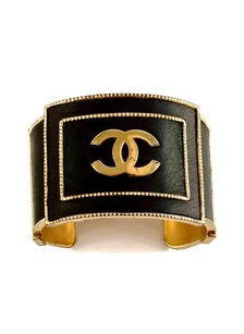 Chanel Vintage CHANEL CC Logo Gold Black Leather Cuff Bracelet