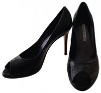 Charles David Black crocodile leather Pumps
