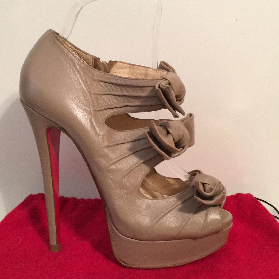 301ba707821 Christian Louboutin Louboutin Louboutin Beige Madame Butterfly ...