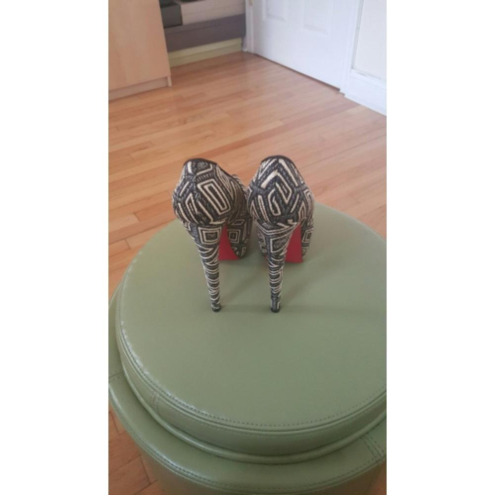 2cb67fc7e589 ... B Christian Louboutin Black and and and White Platforms Size US 8.5  Regular (M